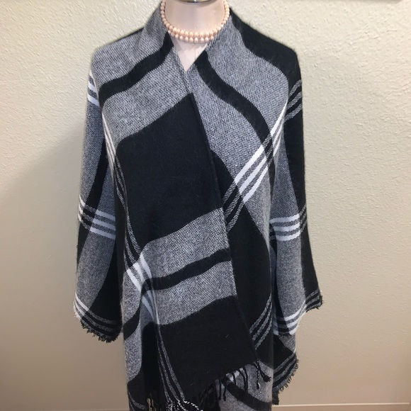 Merona Accessories - Black and White Plaid Shawl